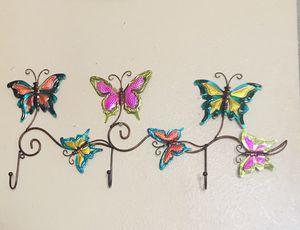 🌼 home decor 🌼 metal butterfly hanger for Sale in Las Vegas, NV