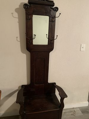 Antique oak entryway chair for Sale in Plantation, FL