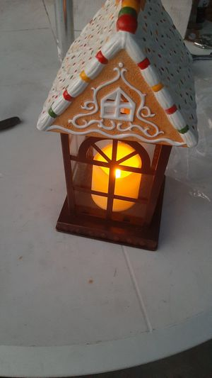 GINGER BREAD HOUSE WITH LIGHT INSIDE {DOOR OPENS} for Sale in Ontario, CA