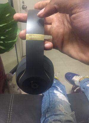 Studio 3 wireless beats for Sale in Bridgeport, CT