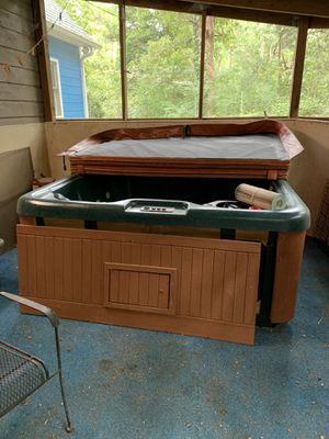 Free hottub. Must pickup for Sale in Raleigh, NC