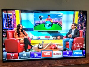 "SMART TV VIZIO 70"" 4K LED ""E SERIES "" FULL ARRAY UHD 2160p ( Negotiable ) 💥Free Delivery 💥 for Sale in Phoenix, AZ"