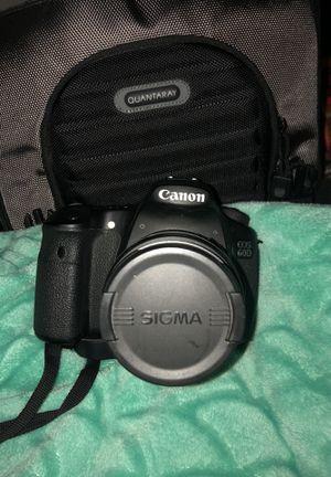 Canon EOS 60D for Sale in Boston, MA