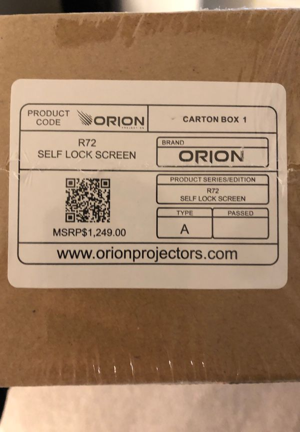 Orion R72 self lock projector screen (Brand New)