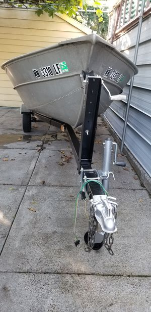 14ft Valco aluminum fishing boat for Sale in Clackamas, OR