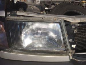Subaru Forester passenger headlight for Sale in Staunton, VA
