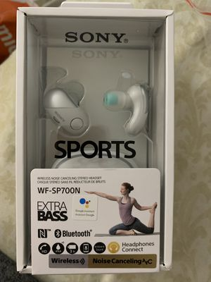 Sony Bluetooth Headphones wireless noise cancelling for Sale in Los Angeles, CA