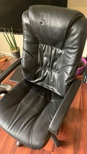 Leather office chair for Sale in Kent, WA