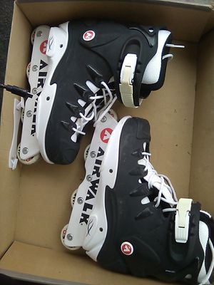 Airwalk Rollerblades sz 8 for Sale in Fresno, CA