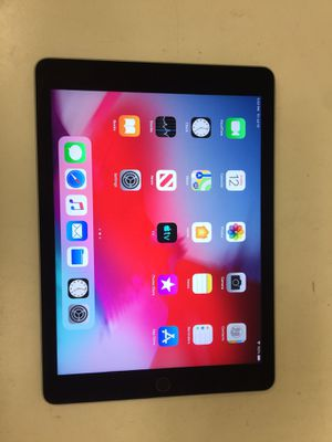 Apple ipad air 1st gen 16gb wifi unlock with charger for Sale in Houston, TX