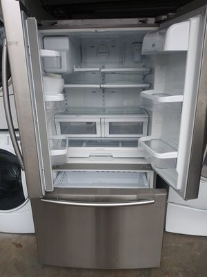 A french-silver kitchen appliance for Sale in Mableton, GA