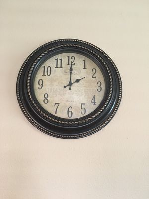 London alarm clock for Sale in Houston, TX