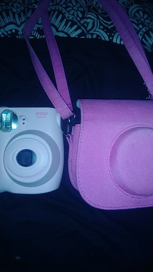 Instax mini 7s with pink case. for Sale in Kingsport, TN