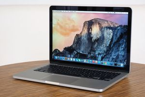 MacBook Pro 13 inch for Sale in Quincy, MA