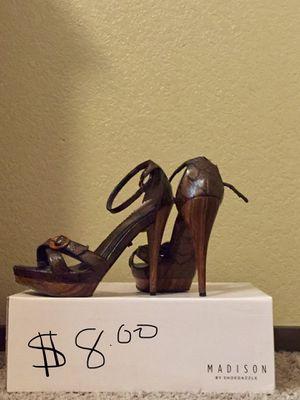 Heels size 8 for Sale in Kingsburg, CA