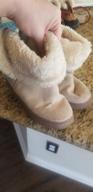 Girl winter boots for Sale in Keller, TX