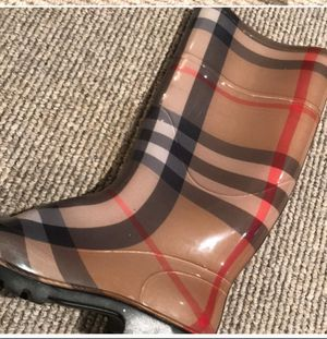 Rain Boots Size 39 for Sale in New York, NY