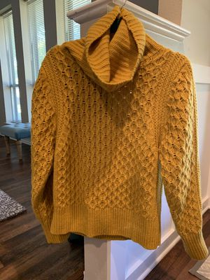 Women's sweater from BR for Sale in Richardson, TX