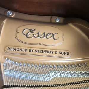 Essex Baby Grand Piano Like New With QRS Player System for Sale in Port St. Lucie, FL