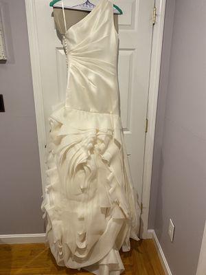 Vera Wang Wedding Dress for Sale in Lowell, MA