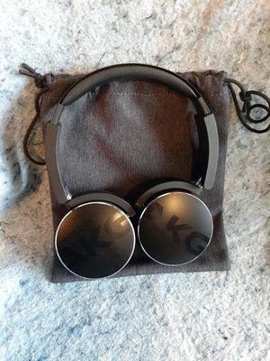 AKG bluetooth headphones for Sale in Gaithersburg, MD