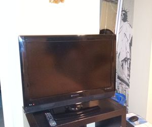 """32"""" element HD TV for Sale in LAUD LAKES, FL"""