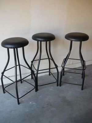 """Set of 3 Metal Bar Stools 36"""" to the Seat for Sale in Peoria, AZ"""