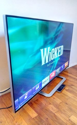 """55"""" VIZIO LED SMART 3D HDTV THIN ( FREE DELIVERY ) for Sale in Lynwood, CA"""