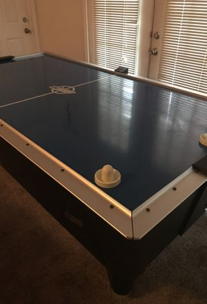 8 ft Dynamo Air Hockey Table for Sale in Murfreesboro, TN