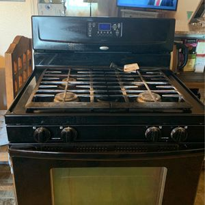 Whirlpool Stove for Sale in Tracy, CA