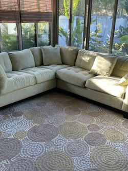 Sectional Sofa for Sale in St. Petersburg,  FL