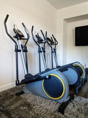 NEW ⭐ FREE DELIVERY Elliptical Gold's Gym for Sale in Las Vegas, NV