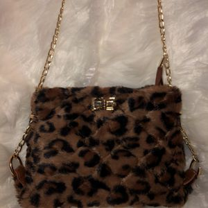 Cheetah Print Handbag for Sale in Newport News, VA