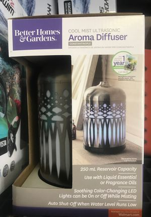 Cool mist ultrasonic aromatherapy diffuser / oil diffuser, color changing LED for Sale in Indianapolis, IN