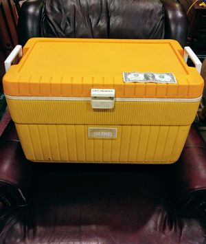 Big 2 foot long cooler ice chest for Sale in Swormville, NY