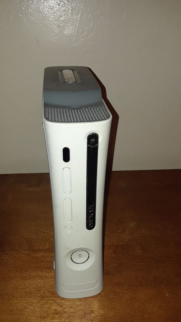 XBOX360 PRO SYSTEM W/20 GB VIDEO GAME SYSTEM WHITE CONSOLE