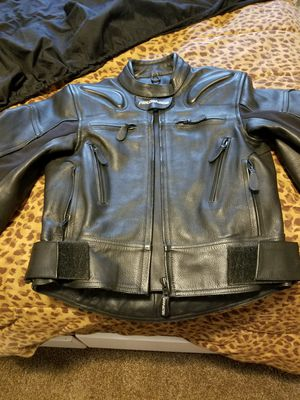 Women's Fieldsheer Armored Leather Motorcycle Jacket- small- BRAND NEW NEVER WORN for Sale in St. Louis, MO