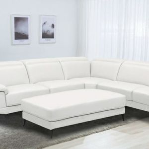 NEW RIO SECTIONAL SOFA WITH OTTOMAN IN BLACK OR WHITE. ONLY $1099. NO CREDIT CHECK OR ONE YEAR DEFERRED INTEREST FINANCING AVAILABLE for Sale in Brandon, FL