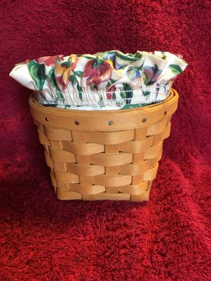 1998 Longaberger Hanging Basket w/Liner & Protector for Sale in New Castle, IN