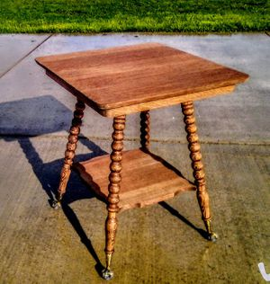 Mid 1860s Victorian clawfoot table . for Sale in Montesano, WA