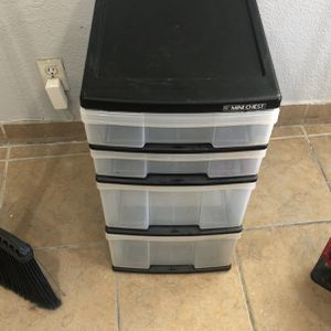 Plastic Drawer for Sale in Bakersfield, CA