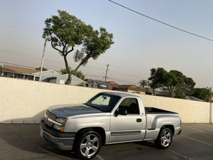 2003 Chevy Silverado stepside step side // gmc sierra denali z71 single cab crew cab tahoe suburban lightning tbss srt8 jeep srt charger ram r/t cama for Sale in South Gate, CA