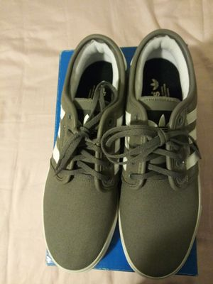Shoes adidas brand new for Sale in Paramount, CA