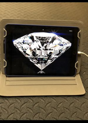 iPad Pro 128gb 9.7 inch great condition for Sale in Whitehall, OH