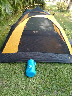 New tent with air mattress for Sale in Palm City, FL