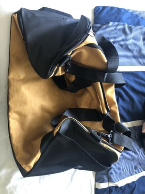 Nike duffle bag 50 ml for Sale in Des Moines, WA