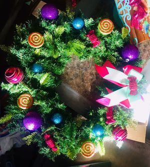 🍬Candy Christmas wreath 🍭 for Sale in Fresno, CA