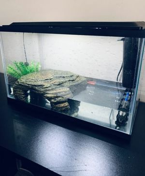 Turtle Tank (10GL) for Sale in Catonsville, MD