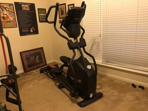 Sole E35 elliptical Trainer purchased new 11/18 for Sale in Humble, TX