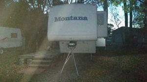 Keystone Montana 5th wheel for Sale in Mason City, IA